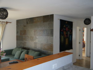 Tiled wall detail at Cabaña Palafitos